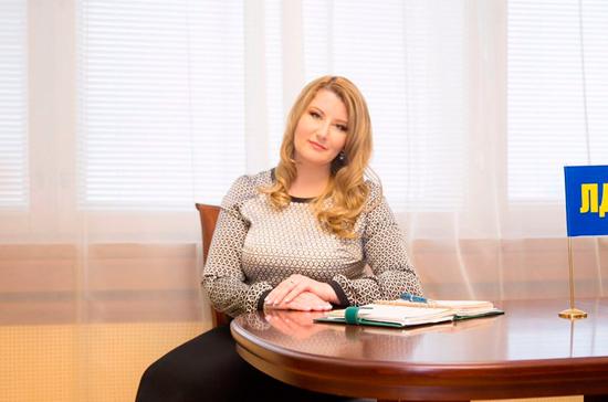 Строкова предложила ввести должность штатного психолога в каждой школе