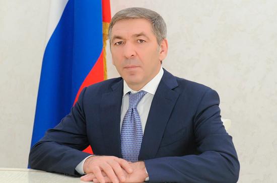 ФСБ задержала главу правительства Дагестана