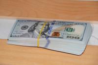 Работающие за рубежом россияне будут получать зарплату в валюте