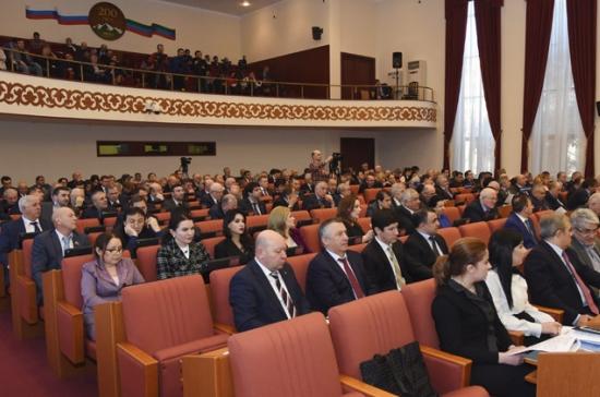 Парламент Дагестана утвердил Здунова премьером республики