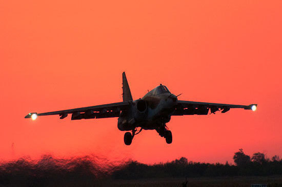 На похороны пилота Су-25 пришли 30 тысяч человек