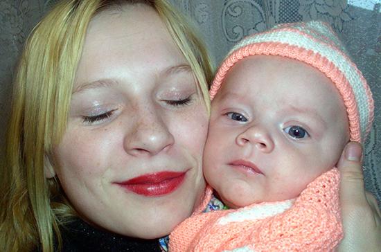 В Севастополе родители пока не спешат оформлять пособие на первенца