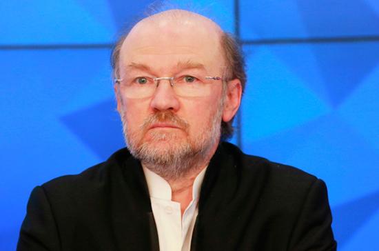 Александр Щипков: интеллигенту всегда стыдно, но не за себя, а за других