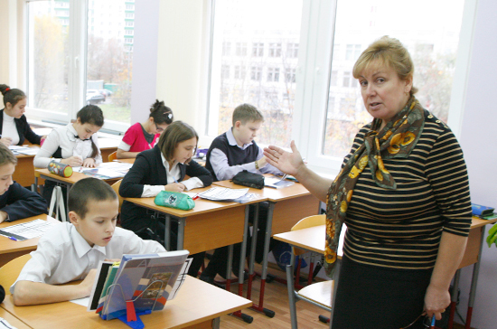 Замглавы Минобрнауки: школы небудут превращать вбастионы