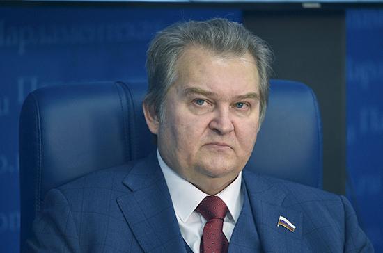 Емельянов: Россия будет препятствовать появлению военных баз США в Черноморье