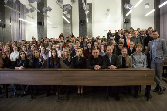 Тимофеева: на встречах со студентами чётко видишь настроение будущего