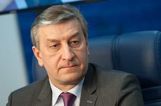 Фаррахов призвал увеличить самостоятельность страховых медорганизаций