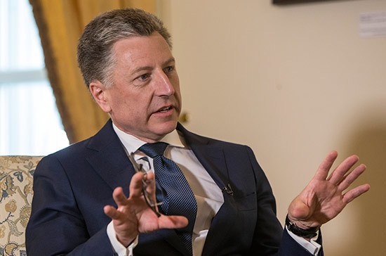 Волкер призвал вводить персональные санкции за посещение Крыма