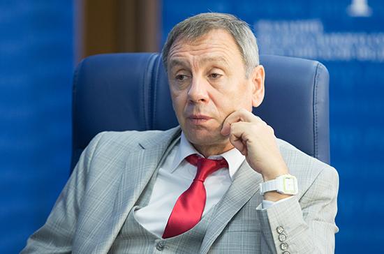 Марков назвал неожиданно мягким решение Лондона о выдворении российских дипломатов