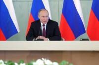 Путин анонсировал подготовку новой редакции майских указов
