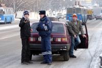 Водителей обязали надевать светоотражающие жилеты при остановке за городом