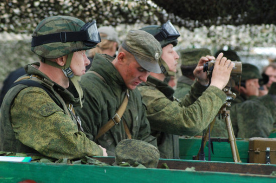 Военнослужащих запаса вновь призовут на военные сборы