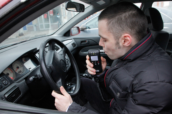 Определять степень опьянения водителя будут поанализу крови