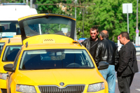 Пассажиров такси хотят застраховать