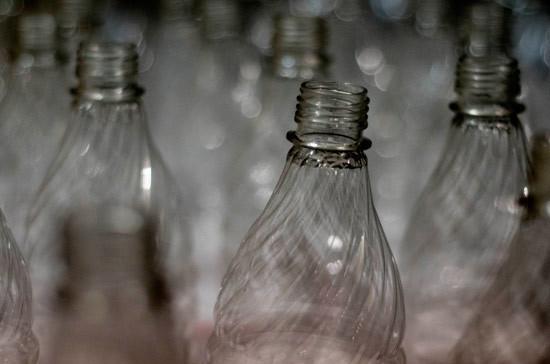 В Российской Федерации хотят запретить спирт впластиковых бутылках неменее 0,5 л