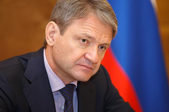 Ткачев посоветовал Белоруссии искать новые рынки сбыта молока
