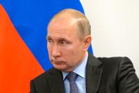 Путин наградил спасавшую детей учительницу пермской школы