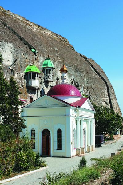 Монастыри Тавриды указывают на неразрывную связь полуострова с Россией