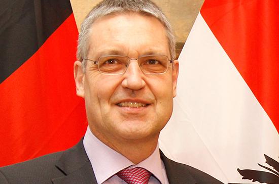 Посол Евросоюза в России вернулся в Москву после консультаций в Брюсселе