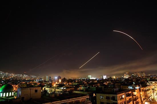 США, Франция и Великобритания сбросили бомбы на Сирию