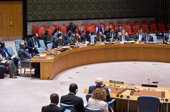 Франция внесет проект резолюции порешению ситуации вСирии— Франсуа Делаттр
