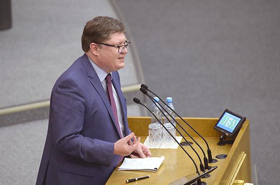Исаев: Правительство может отчитываться о реализации инициативы о контрсанкциях