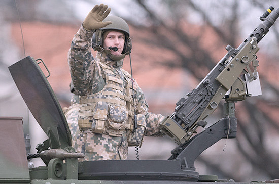 В Латвии заявили об участии в манёврах, проходящих в Солсбери