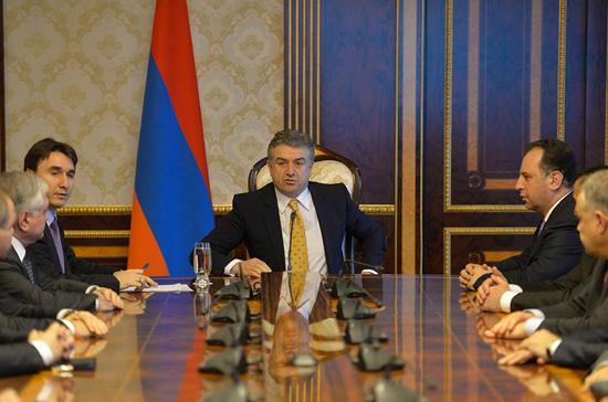 Карен Карапетян назначен и.о. премьер-министра Армении