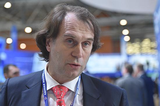 Лисовский предложил россиянам альтернативу дорогим зарубежным лекарствам