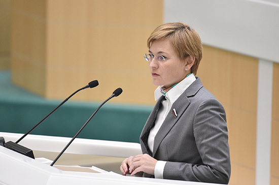 Бокова предложила создавать программы адаптации детей мигрантов в России