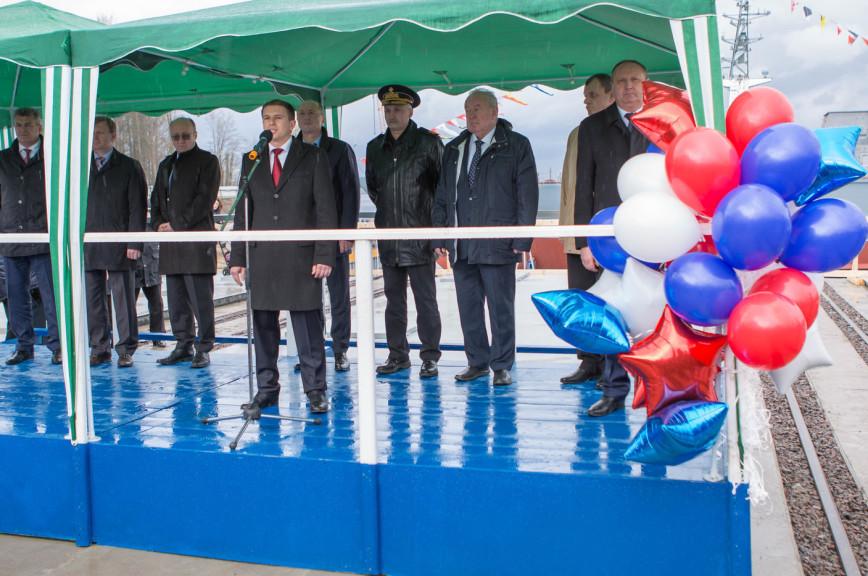 Романов назвал спуск на воду корабля «Иван Антонов» важнейшим событием