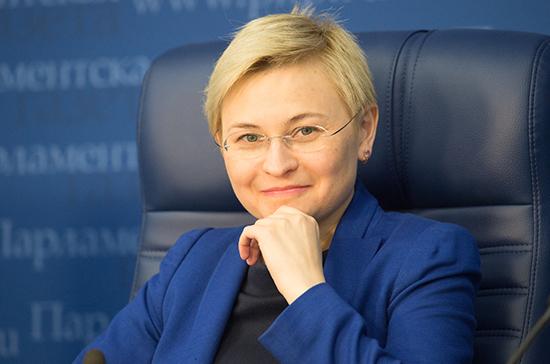 В Совфеде предложили ввести в школах Единый урок парламентаризма