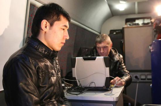 На Ямале задержали банду, продававшую мигрантам поддельные документы