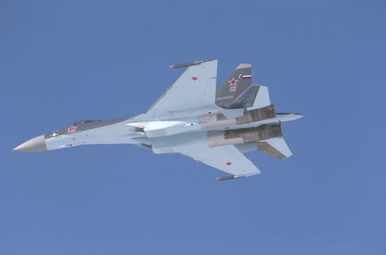 СМИ: российский Су-27 приблизился к самолету ВМС США над Балтикой