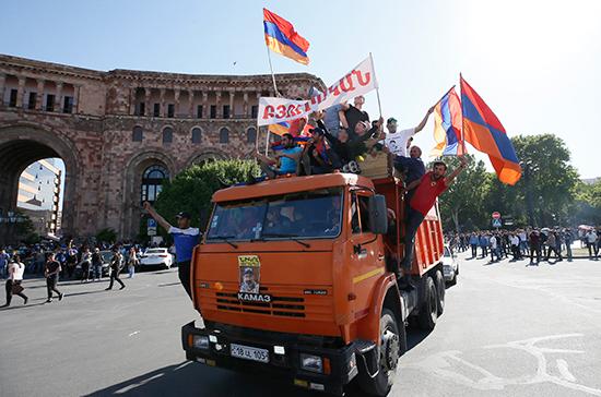 Острая фаза политического кризиса в Армении миновала