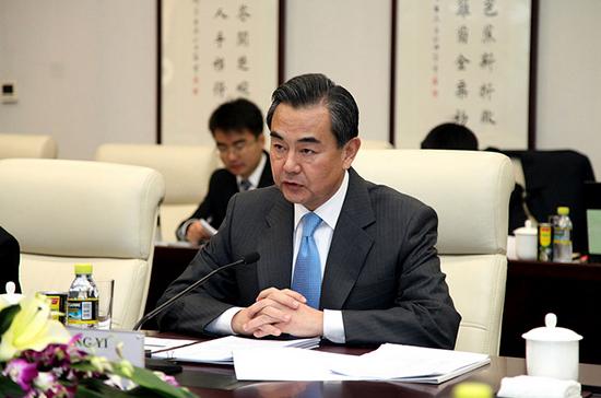 Глава МИД Китая встретился с Ким Чен Ыном