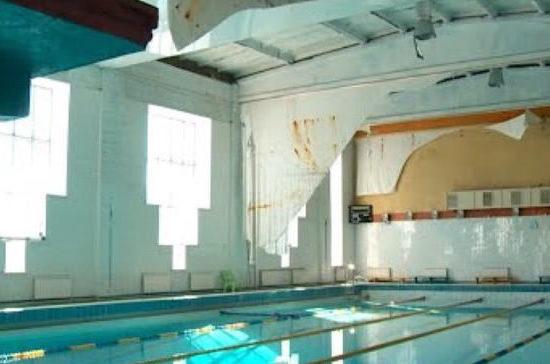 СК завёл дело после обрушения потолка в бассейне «Дельфин» Бийска во время тренировки школьников