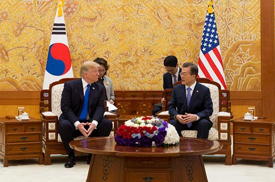 Трамп встретится с лидером Южной Кореи перед саммитом КНДР-США
