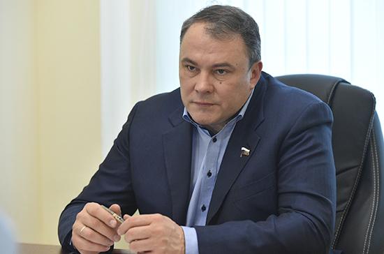 Толстой: новым премьером России станет достойный человек