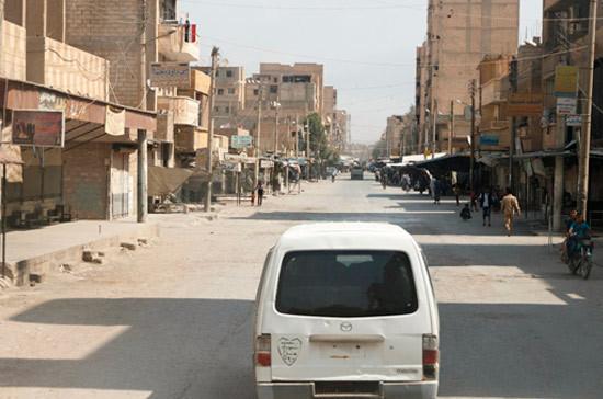 Иракские истребители нанесли удары по позициям боевиков в Сирии