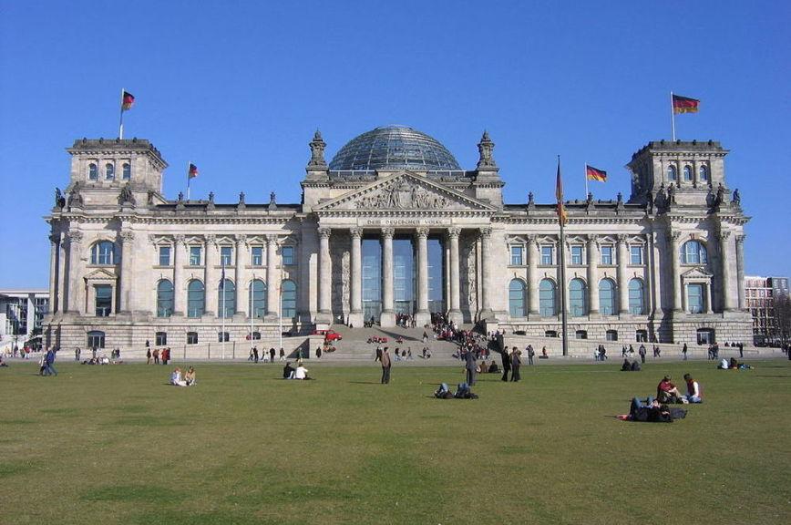 В Германии потребовали признать роль СССР в борьбе с нацизмом