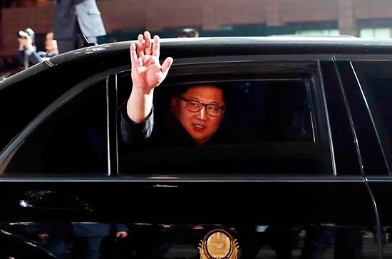 Председатель КНР провёл переговоры с лидером КНДР в Даляне