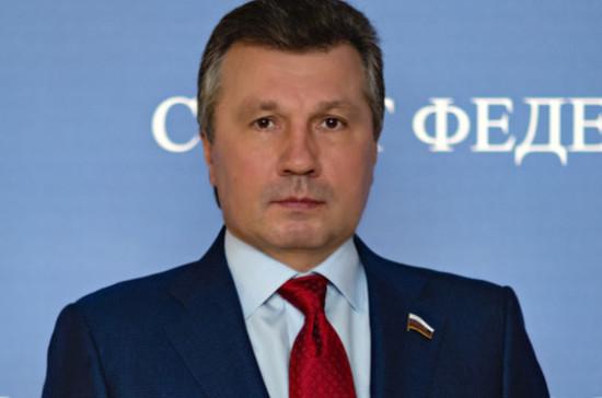 Васильев поздравил россиян с Днём Победы