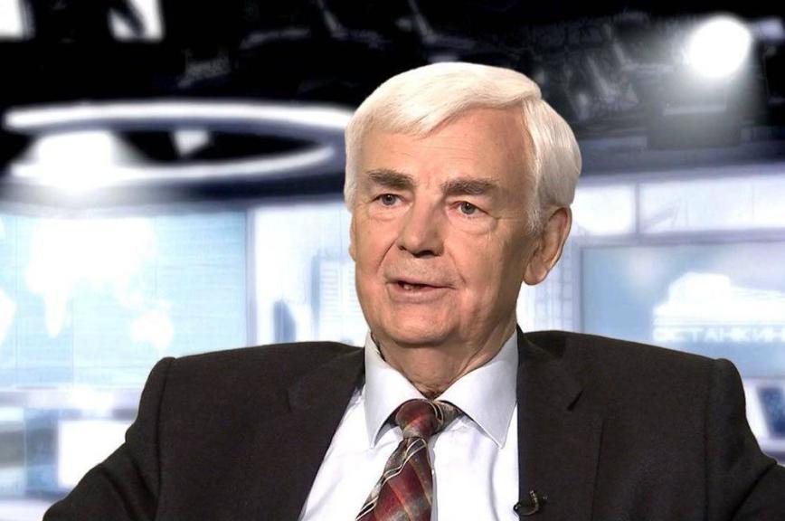 Вячеслав Володин поздравил Леонида Кравченко с юбилеем