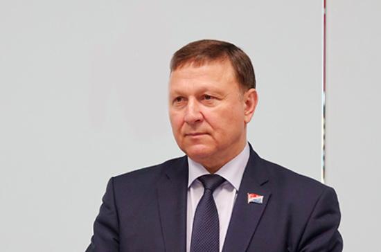 Глава приморского Заксобрания поздравил «Парламентскую газету» с юбилеем