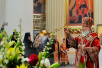 Патриарх Кирилл освятил два храма в Санкт-Петербурге