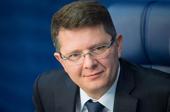 Конкретных предприятий в законопроекте о контрсанкциях не будет, заявил Жигарев