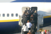 С огнестрельным оружием пытался пройти на борт самолёта пассажир в Якутии