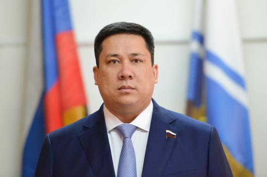 Сенатор Полетаев награждён Почётной грамотой Президента России
