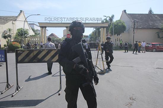 Нападения в Индонезии говорят о намерении террористов захватить новые сферы влияния, заявил политолог
